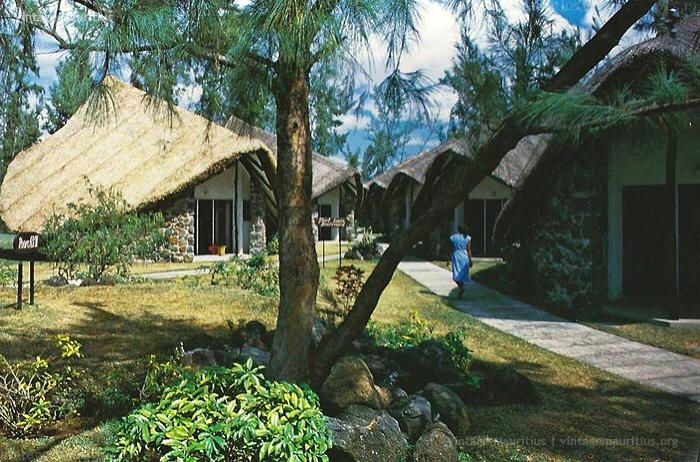 thatched roofs la pirogue